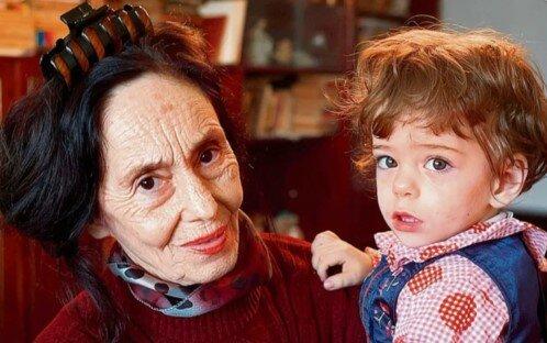 pierwsze dziecko w wieku 67 lat, screen Google