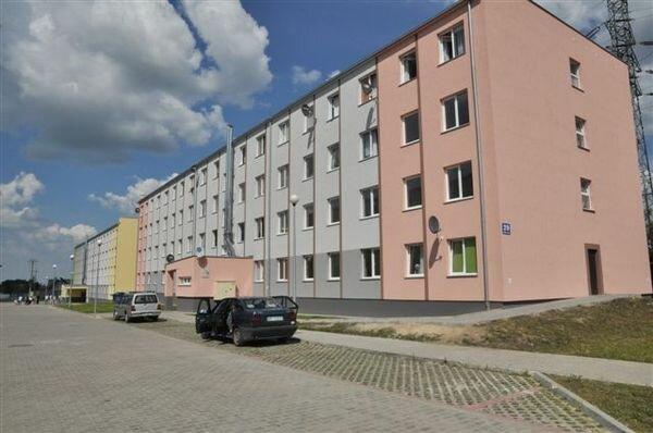 Blok mieszkalny/ https://radom24.pl/