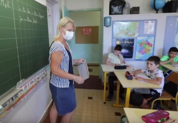nauczyciel / YouTube: naTemat.pl