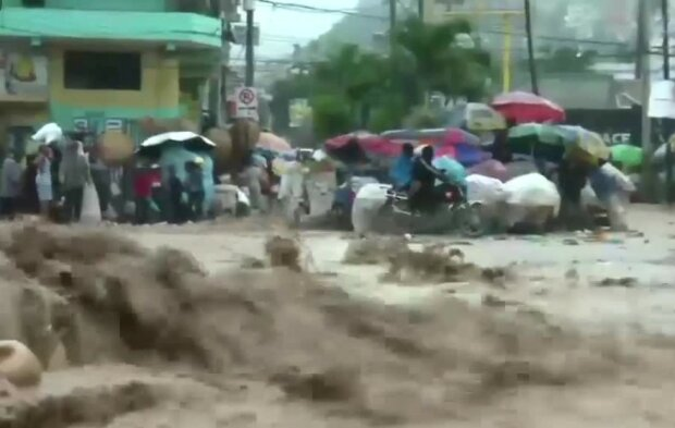 Huragan Marco na Haiti/screen Twitter