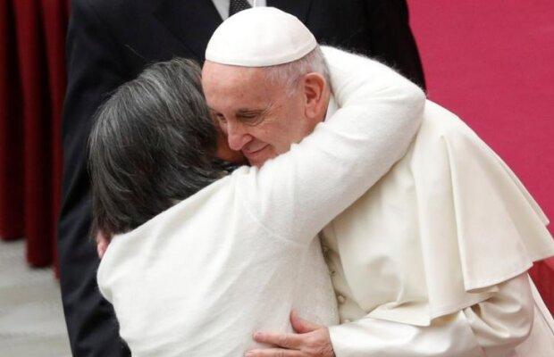 Niezwykły gest papieża Franciszka wobec kobiet. To pierwsza taka sytuacja w historii