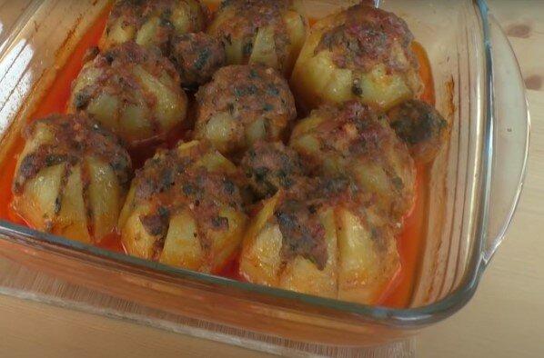 ziemniaki w piekarniku z mięsem, screen Google