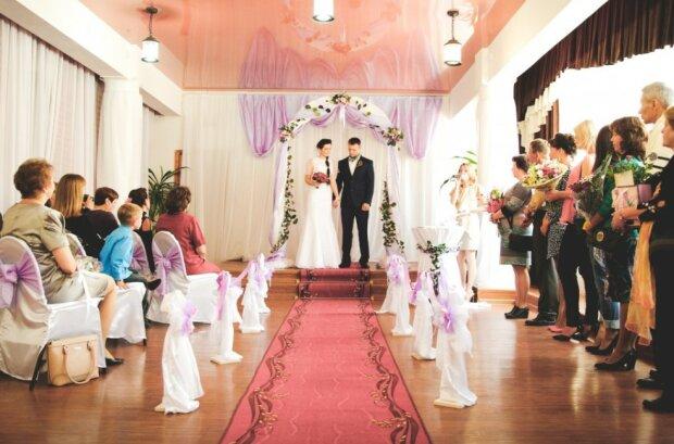 Jak będą wyglądać wesela w tym roku?/screen Pxhere