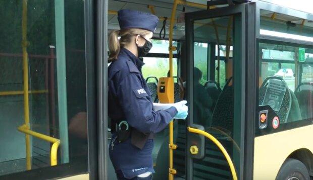 Kraków: wzmożone kontrole policji i MPK. Niedostosowanie się do zasad może mieć przykre konsekwencje