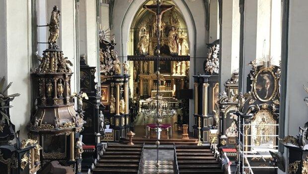 Gdańsk: niezwykłe odkrycia wyszły na jaw podczas remontu bazyliki. Co znaleziono w świątyni