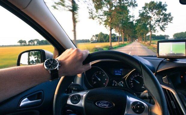 Kierowcy muszą mieć się na baczności, posiadacze prawa jazdy nie unikną pewnego obowiązku. Zapłata będzie obligatoryjna