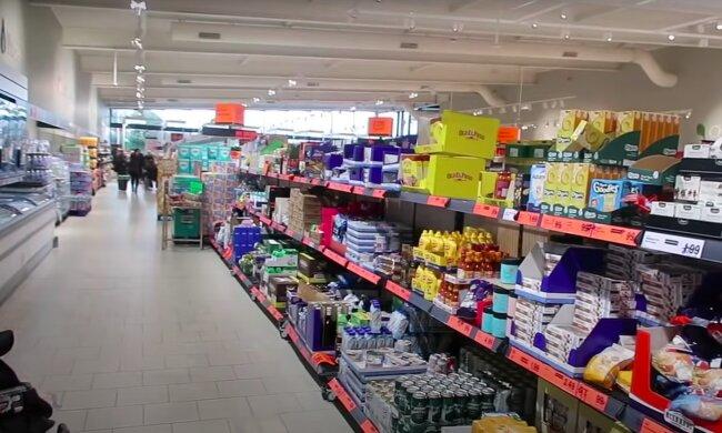 Lepiej uważać podczas zakupów! / YouTube:  Gemma Louise Miles