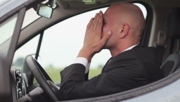 Kary finansowe dla tysięcy kierowców. Wystarczy nie dopełnić jednej formalności i dostaniesz wezwanie do zapłaty