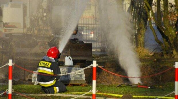 Kraków: Służby prowadziły wielogodzinne działania w jednej z dzielnic. Potwierdzono wyciek gazu