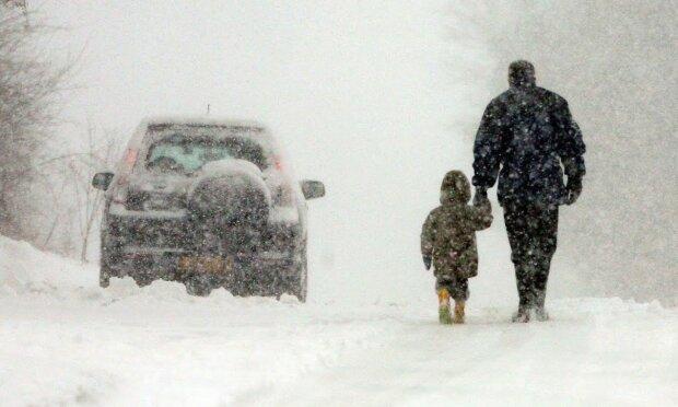 Nawrót zimy!/Youtube @Guardian News