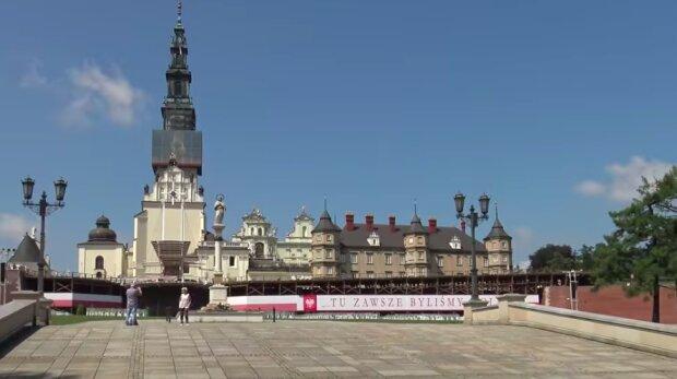 Koronawirus wykryty u zakonników! / YouTube:  Niezwykły Świat