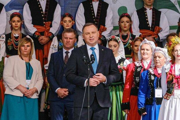 """Prezydent Andrzej Duda pierwszy raz skomentował ,,Piątkę dla zwierząt"""". Co powiedział"""