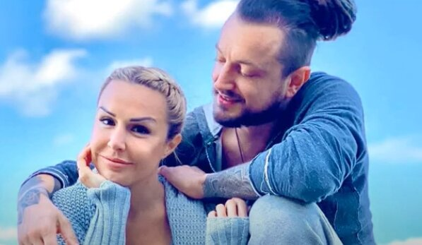 Blanka Lipińska i Baron. Źródło: Youtube