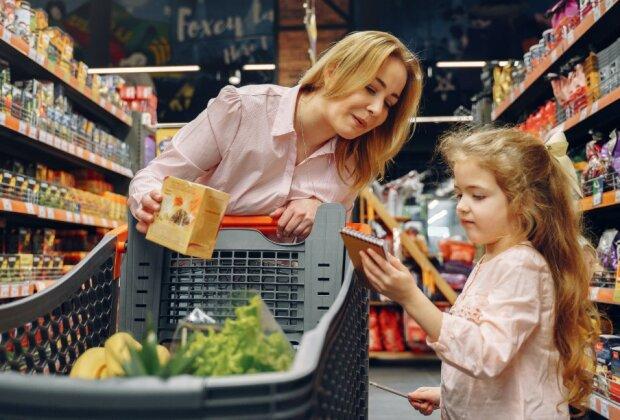 Mięso za grosze dostępne w popularnej sieci handlowej. Do sklepów ustawiają się kolejki, a to nie jedyna ogromna promocja