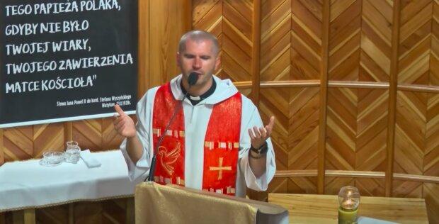 Ksiądz Daniel Galus / YouTube:  Wspólnota MiMJ