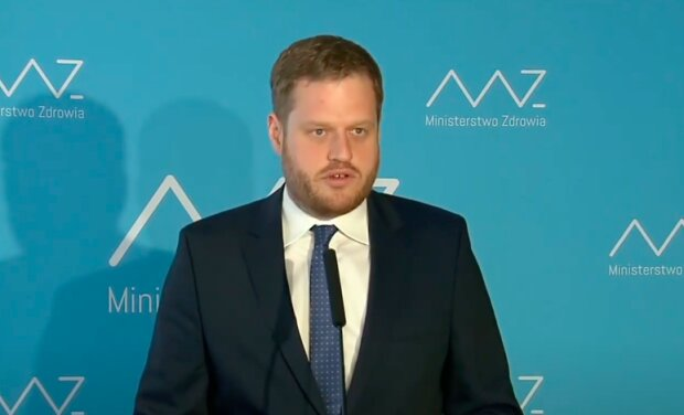 Wiceminister zdrowia Janusz Cieszyński / YouTube