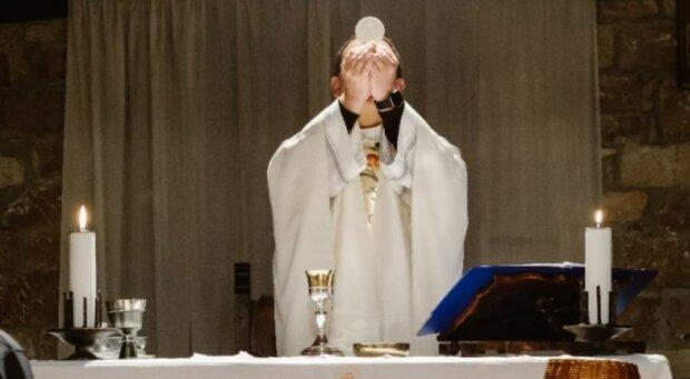 W jednym z polskich kościołów wierni usłyszeli niecodzienne ogłoszenia parafialne. To bardzo ważny apel. Co się stało