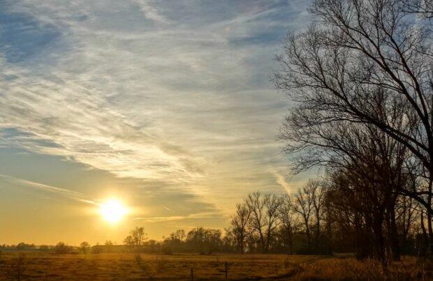 Jest prognoza pogody na weekend. Czy jest szansa na wyższe temperatury i przejaśnienia.  Meteorolodzy podają odpowiedzieć