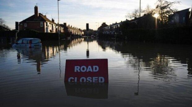 Ostrzeżenia na terenie całego kraju! Powodzie potrwają przez kilka dni