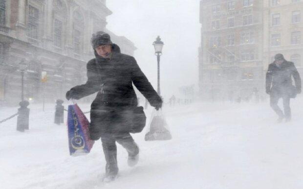 Czy to początek zapowiadanej zimy trzydziestolecia? IMGW wydało ostrzeżenia. Czym zaskoczy nas pogoda w Polsce