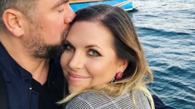 Ola Kwaśniewska pokazała prywatne zdjęcie z mężem z wakacji, źródło: Fakt