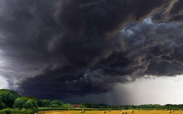 W niedzielę czekają nas burze z piorunami i gradem/screen Pixnio