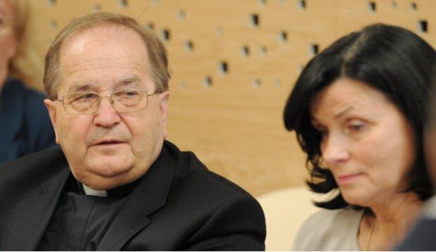 Przyjaciółka księdza Rydzyka prosi wiernych o wsparcie. Oczywiście finansowe
