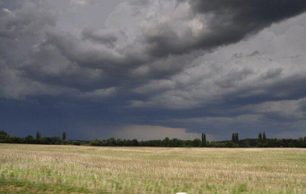 Nadchodzi załamanie pogody. Źródło: pogoda.interia.pl