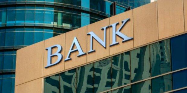 Banki decydują sięna zmiany! / expat.com