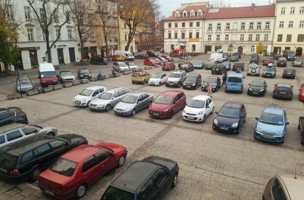 Nowy zakaz parkowania w tym miejscu. Gdzie nie można będzie już parkować w Krakowie