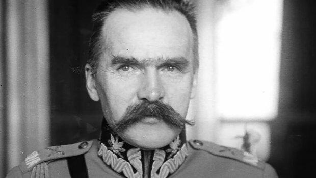 Marszałek Józef Piłsudski / YouTube: PRO100 zmoSTU