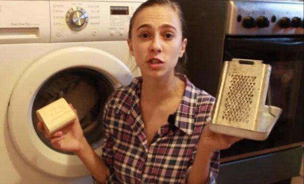 proszek do prania z mydła, screen YT