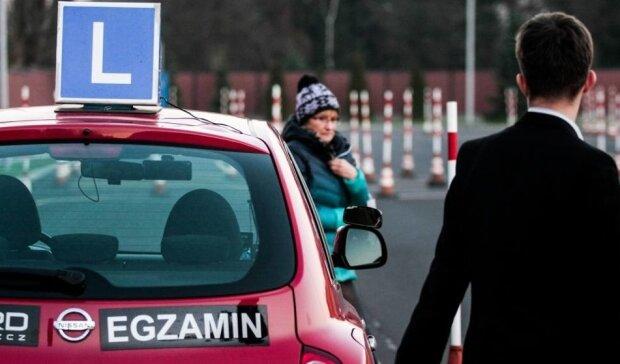 Zmiany w egzaminach na prawo jazdy! Co nowego czeka na kursantów?