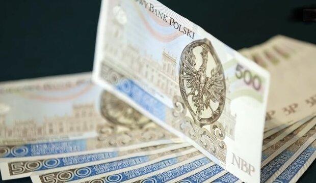 Banknoty 500 zł/ YouTube @E-Sanok