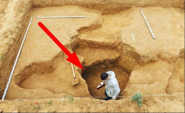 Archeolodzy odkryli mający 2100 lat przedmiot. Jest duży elegancki, prostokątny. Co to?