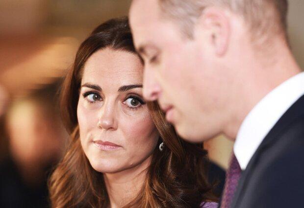 Księżna Kate nie pojawiła się na spotkaniu nadzwyczajnym zwołanym przez królową Elżbietę II. Jaki był powód takiej decyzji