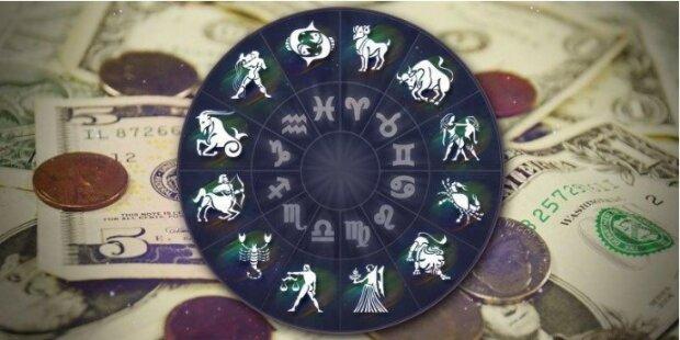 Astrologowie powiedzieli komu sprzyja szczęście w sierpniu. Czy jesteś wśród nich