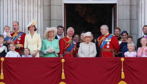 Brytyjska rodzina królewska nie chce używać swoich nazwisk. Powód jest dość zaskakujący