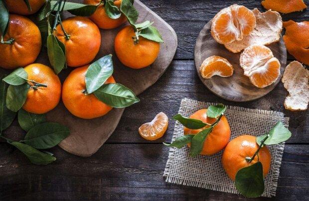 Jak jeść mandarynki, by nie zagrażały zdrowiu. Jest jedna bardzo ważna zasada