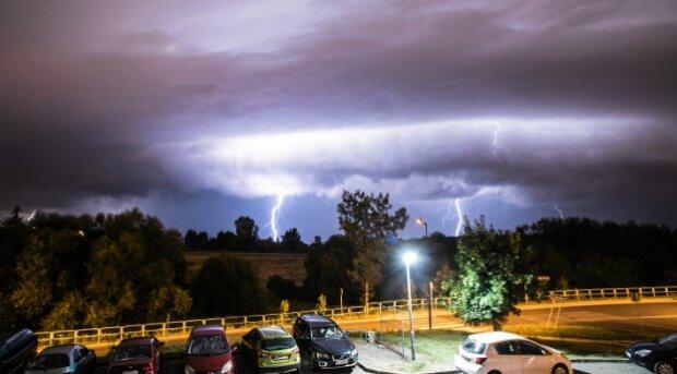 Burza. Źródło: tokfm.pl