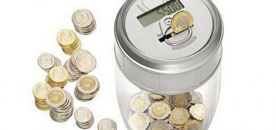 Pięć skutecznych sposobów na oszczędzanie pieniędzy. Można uchować nawet kilka tysięcy złotych rocznie
