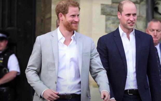 KsiążęHarry i książę William / YouTube:  Nicki Swift