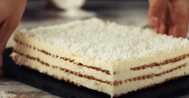 Wyśmienite ciasto do przygotowania w zaledwie 20 minut, źródło: YouTube