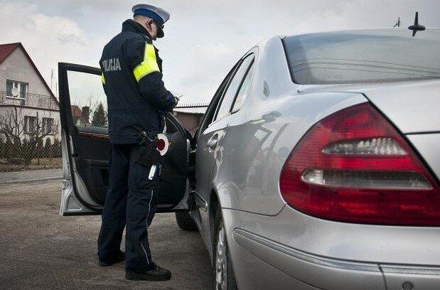 Konkretne auta na celowniku policji! Już kilku tysiącom kierowców odebrano dowody rejestracyjne