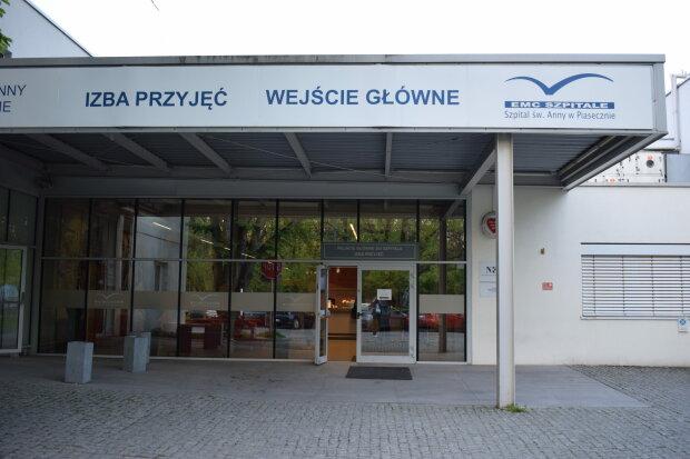 Szpital św. Anny, Piaseczno/ https://www.przegladpiaseczynski.pl/