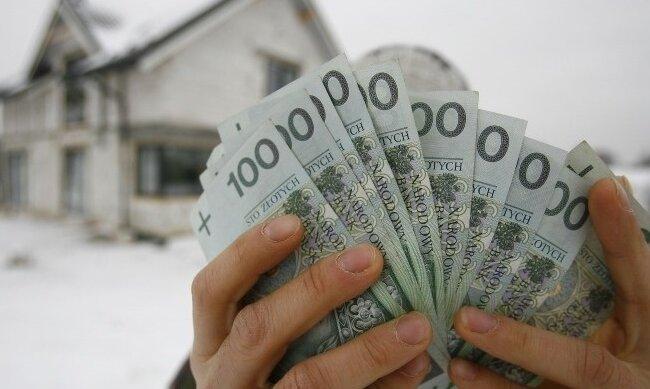 Brak stawki minimalnego wynagrodzenia w przepisach? Z tego rozwiązania korzysta ponad 100 tysięcy Polaków!