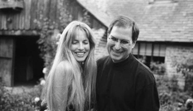 Steve Jobs z żoną. Źródło: youtube.com