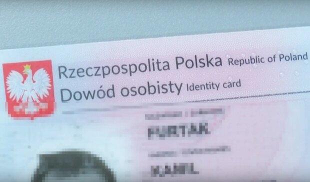 Kraków: mieszkańcy mogą dostać komunikat o unieważnieniu dowodów osobistych. Urząd wyjaśnia o co chodzi w tej sprawie