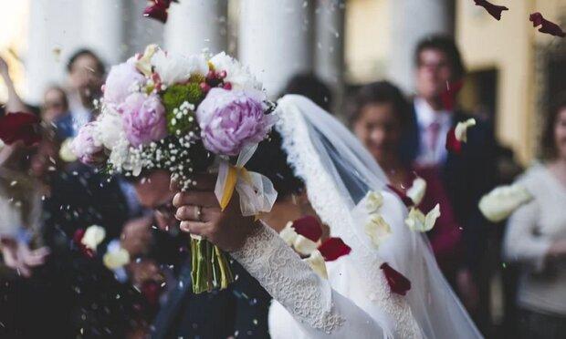 Kobieta pojawiła się na ślubie swojego byłego partnera. To, co stało się później, nie mieści się w głowie