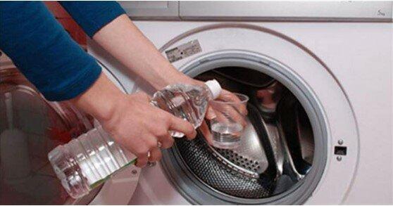 wlać ocet do pralki, screen Google